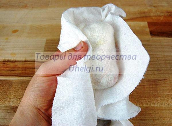 Промокнуть полотенцем